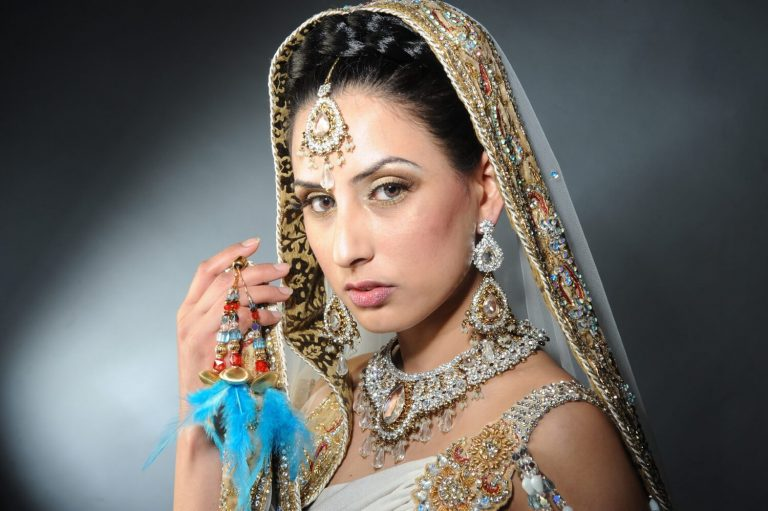 Professional photography for leading Asian fashion make-up artists, Photographer of fashion model wearing beautiful clothing in Birmingham