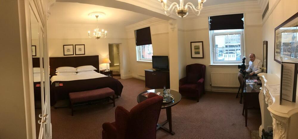 Burlington Hotel - Location - Executive suite interior architectural image.