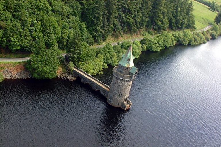 Location photography for advertising, Lake Vyrnwy Hotel, Wales